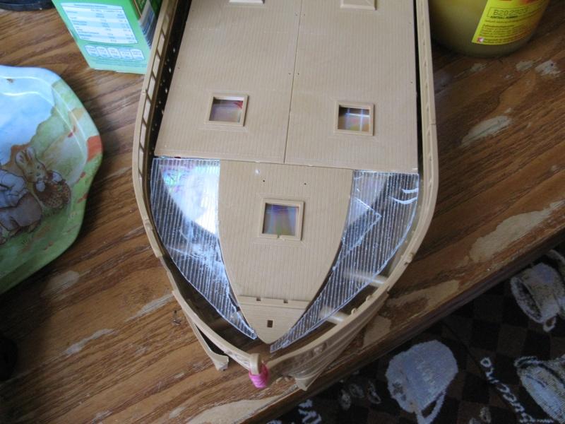 Was man aus vier Schiffsbausätzen bauen kann Img_0038