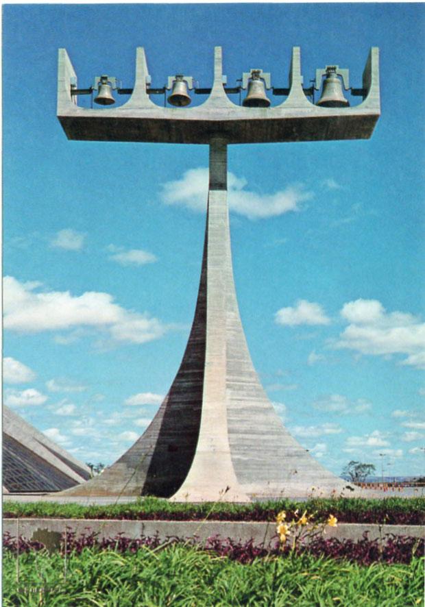 MONUMENTS D'HIER ET D'AUJOURD'HUI - Page 2 1_1_3177