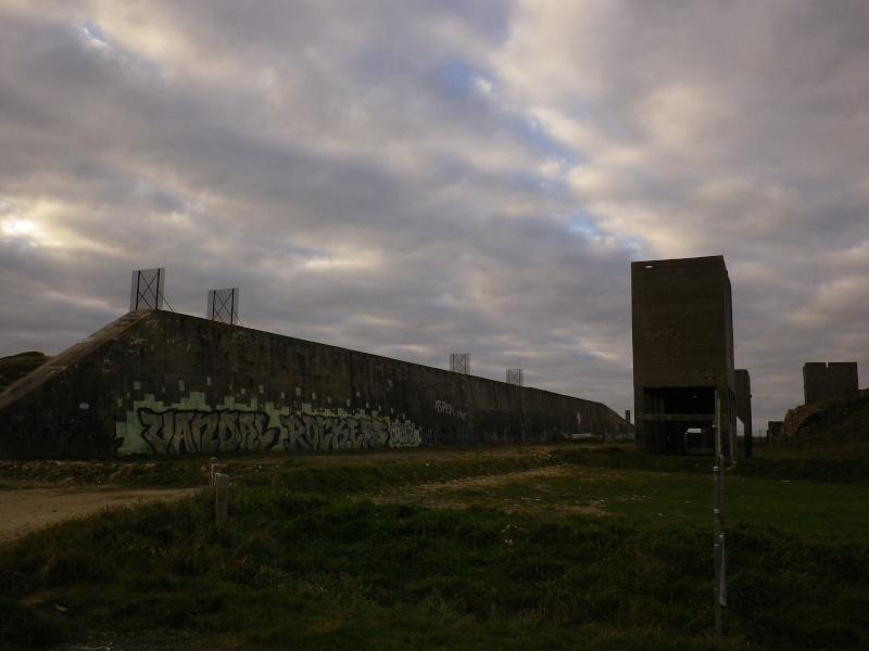 [Histoires et Histoire] Fortifications et ouvrages du mur de l'atlantique (Sujet unique) - Page 4 Novemb18