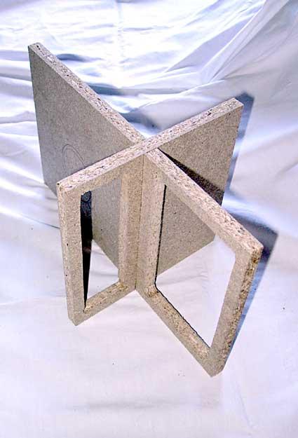 Diffusore bookshelf a due vie con woofer caricato in doppio carico Asimmetrico a vista (DCAAV) 611