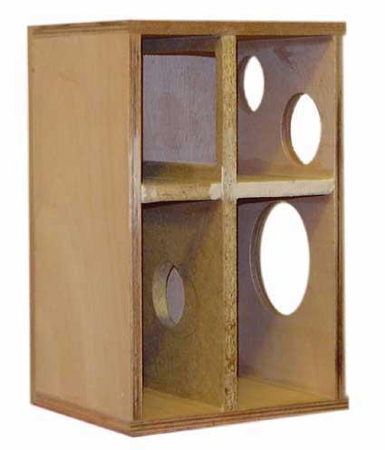 Diffusore bookshelf a due vie con woofer caricato in doppio carico Asimmetrico a vista (DCAAV) 810