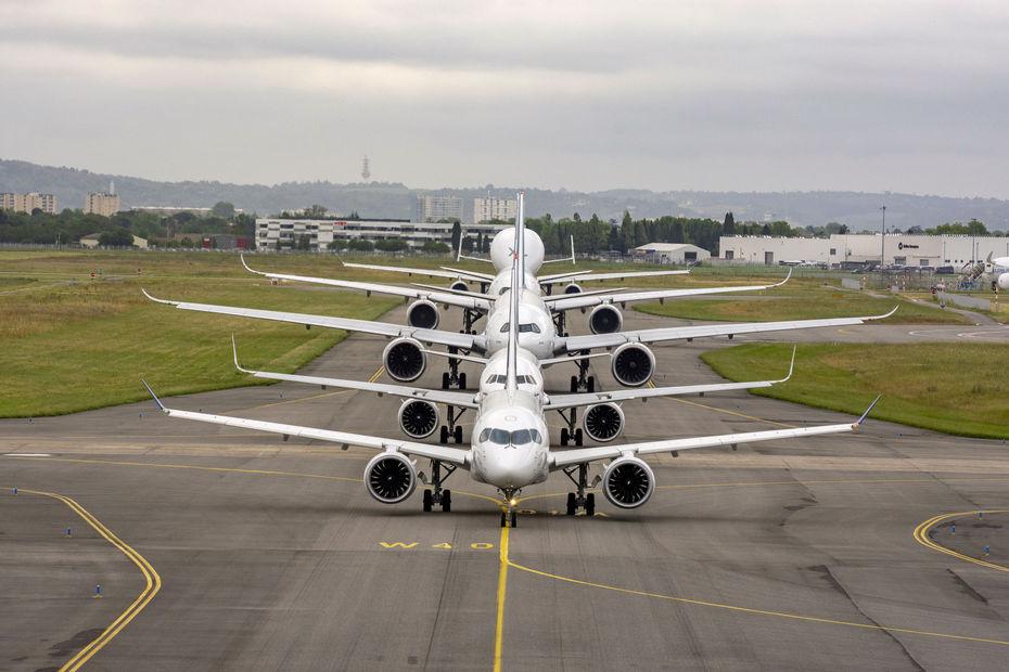Airbus a 50 ans : defilé aujourdhui a Blagnac Airbus13