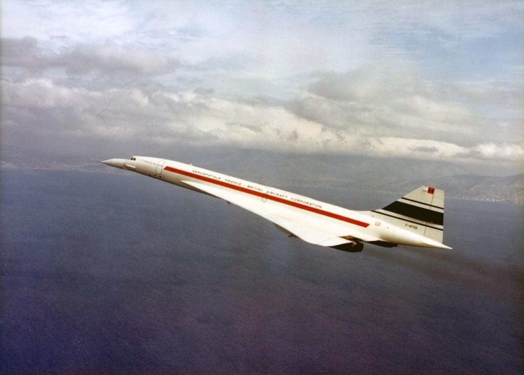 Bon anniversaire Concorde !  Concor11