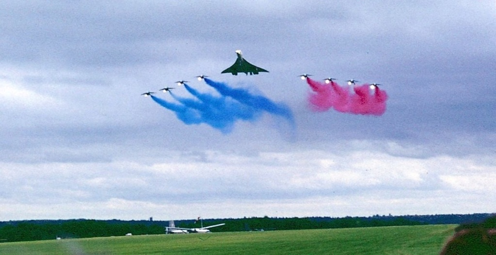 Bon anniversaire Concorde !  Concor19