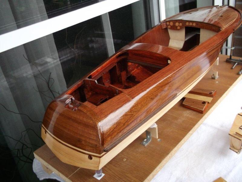 Italienisches Sportboot - Seite 2 Riva_340