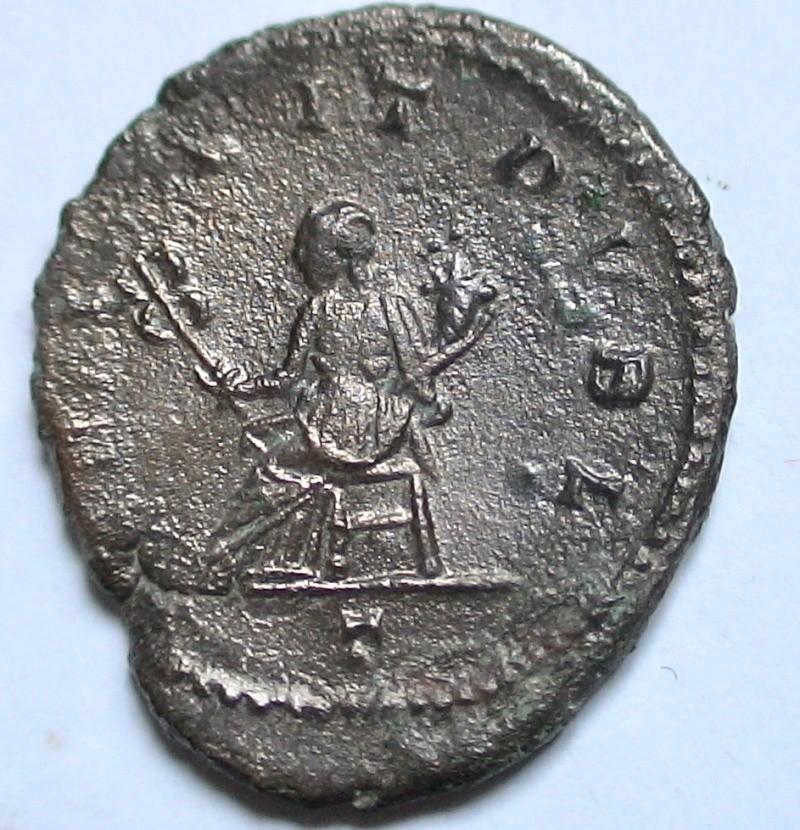 Les monnaies de Gallien à identifier   - Page 4 Dsc06877