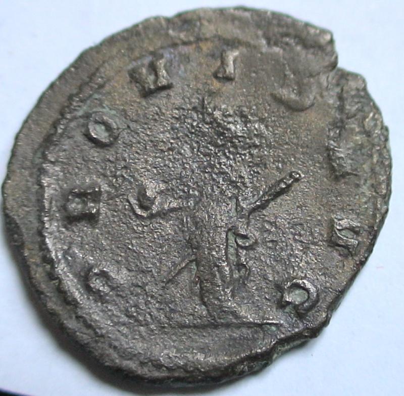 Les monnaies de Gallien à identifier   - Page 4 Dsc06880