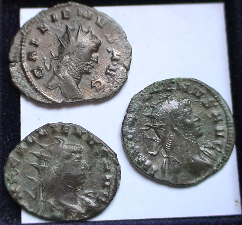 Les monnaies de Gallien à identifier   - Page 4 Dsc06881