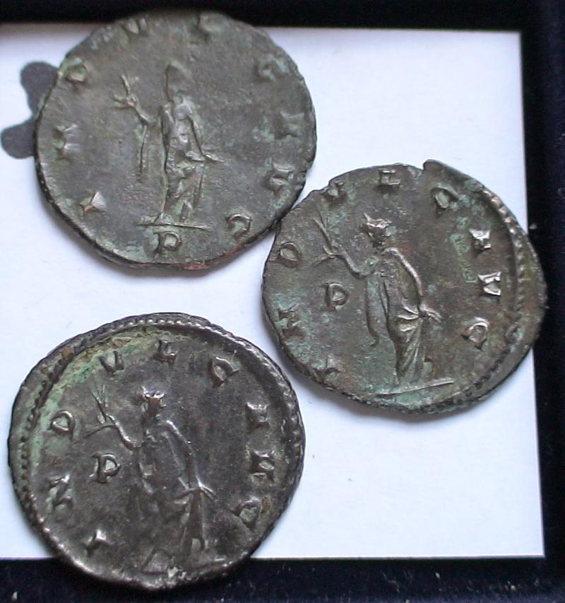 Les monnaies de Gallien à identifier   - Page 4 Dsc06884