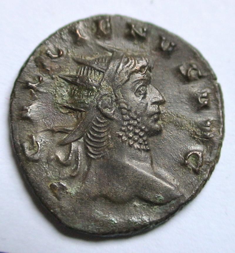 Les monnaies de Gallien à identifier   - Page 4 Dsc06897