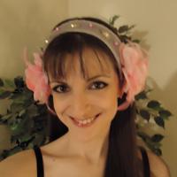 tocado tribal gris con flores rosas Tocado14
