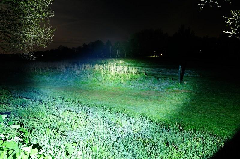 Lampes de recherche - éclairage longue durée. Dsc_2010