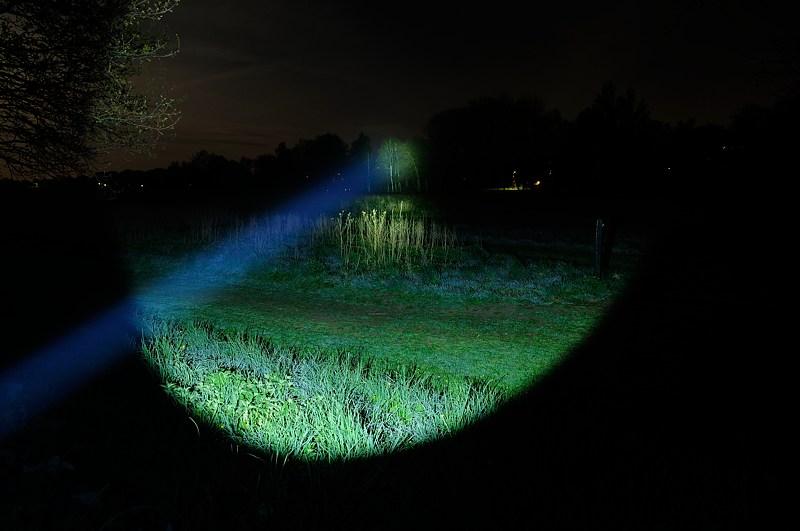 Lampes de recherche - éclairage longue durée. Dsc_2011