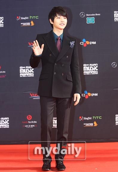 Red carpet - '2011 Mnet Asian Music Awards'--- parte 1 1_bmp21