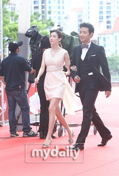 Red carpet - '2011 Mnet Asian Music Awards'--- parte 2 1_bmp24