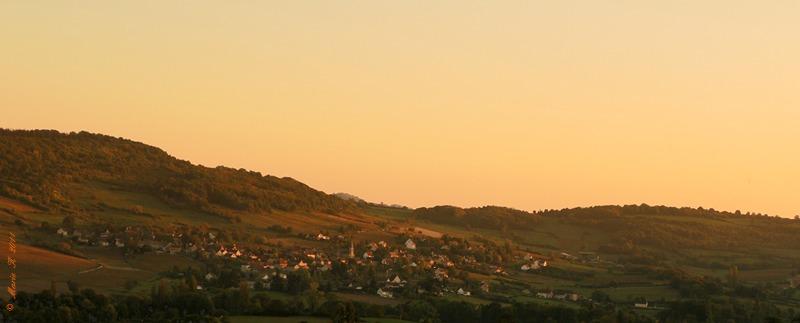 A peine passé la colline, le soleil se couche  ! Sam_0053