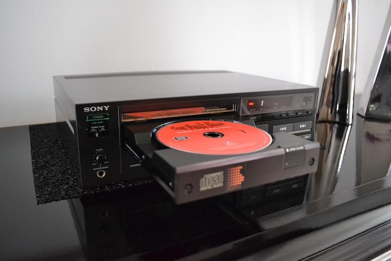 Le premier lecteur Compact Disc by Sony  Dsc_0316