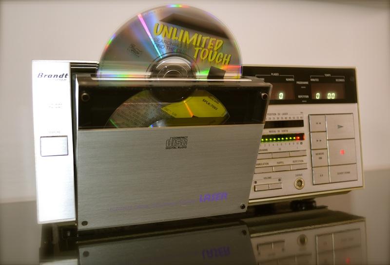 Le premier lecteur Compact Disc de la marque française Brandt Dsc_0411