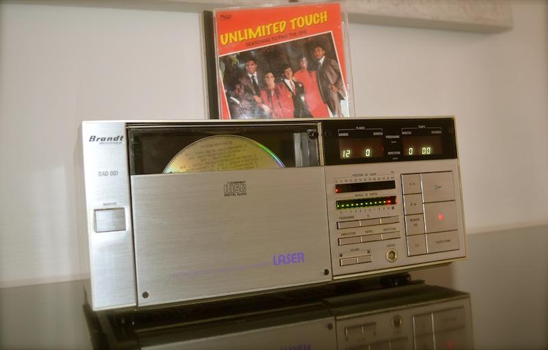 Le premier lecteur Compact Disc de la marque française Brandt Dsc_0412