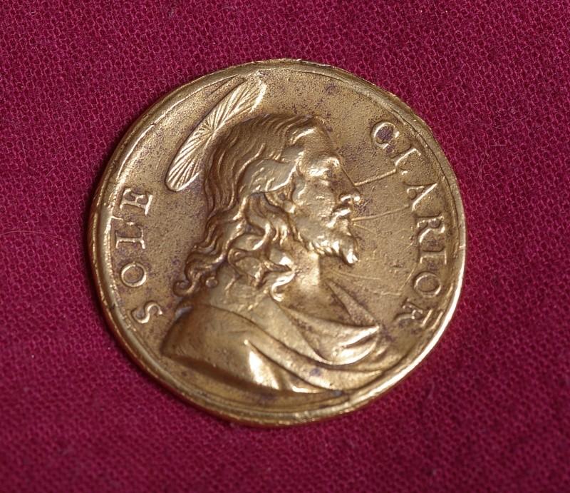 une médaille du Jubilé de 1700 ... Imgp0028