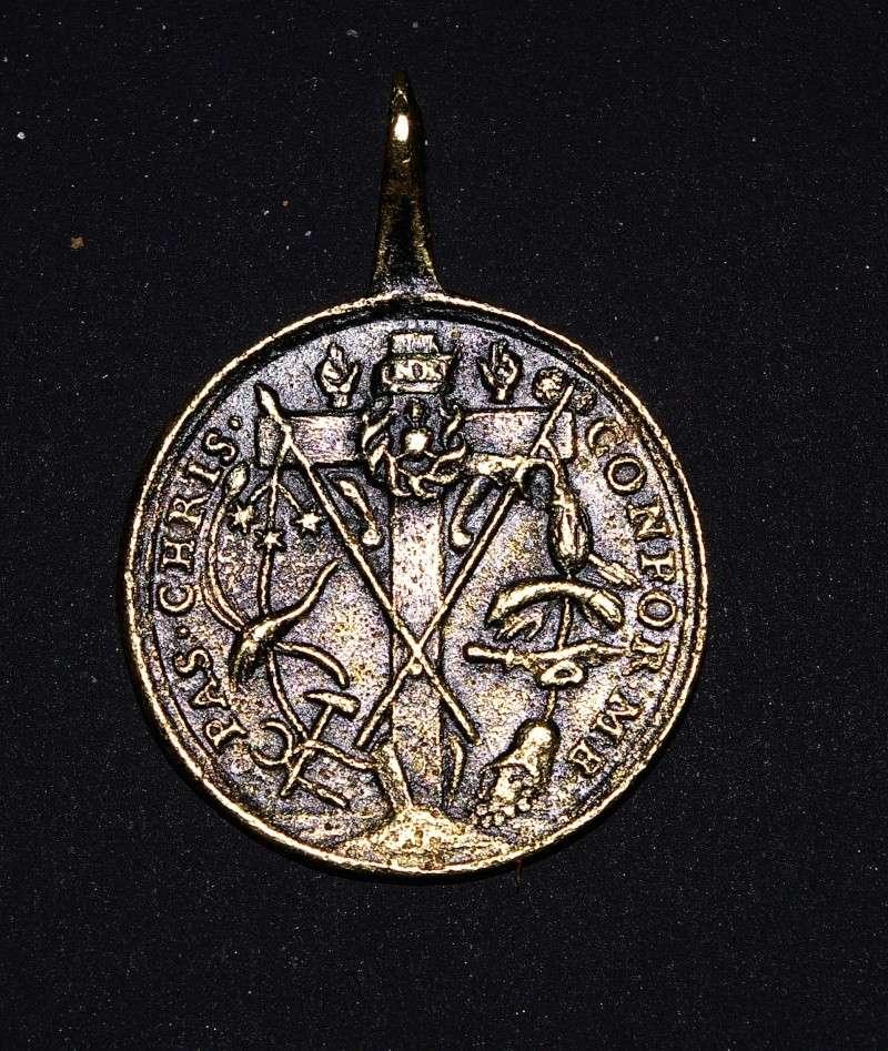 Médaille Passion du Christ Imgp6014