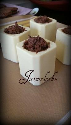 Mousses au chocolat - Page 4 13242110
