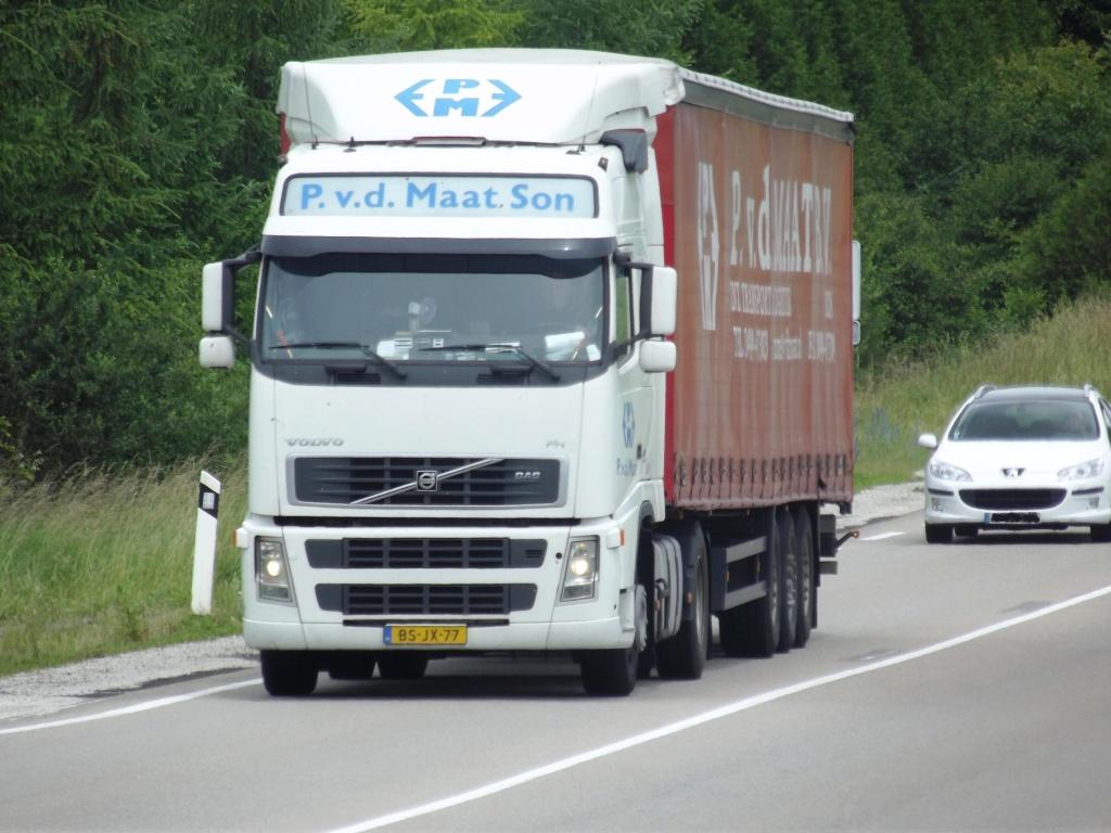 P. Van der Maat (Son) Cami1070