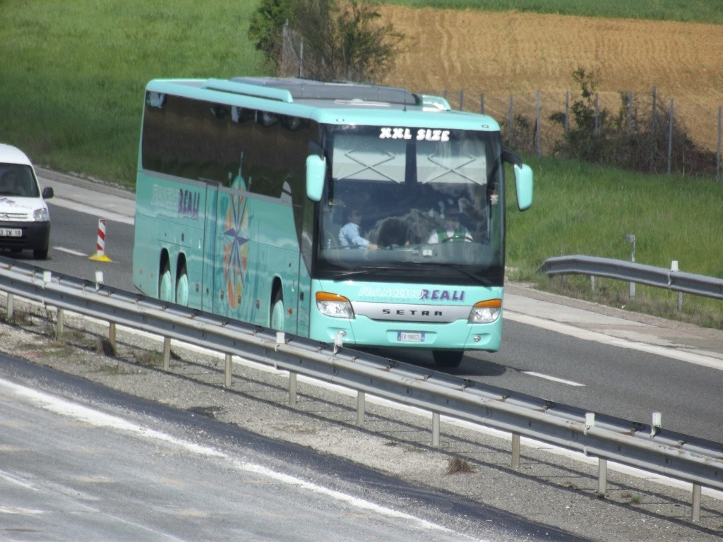Cars et Bus d'Italie - Page 2 Camio192