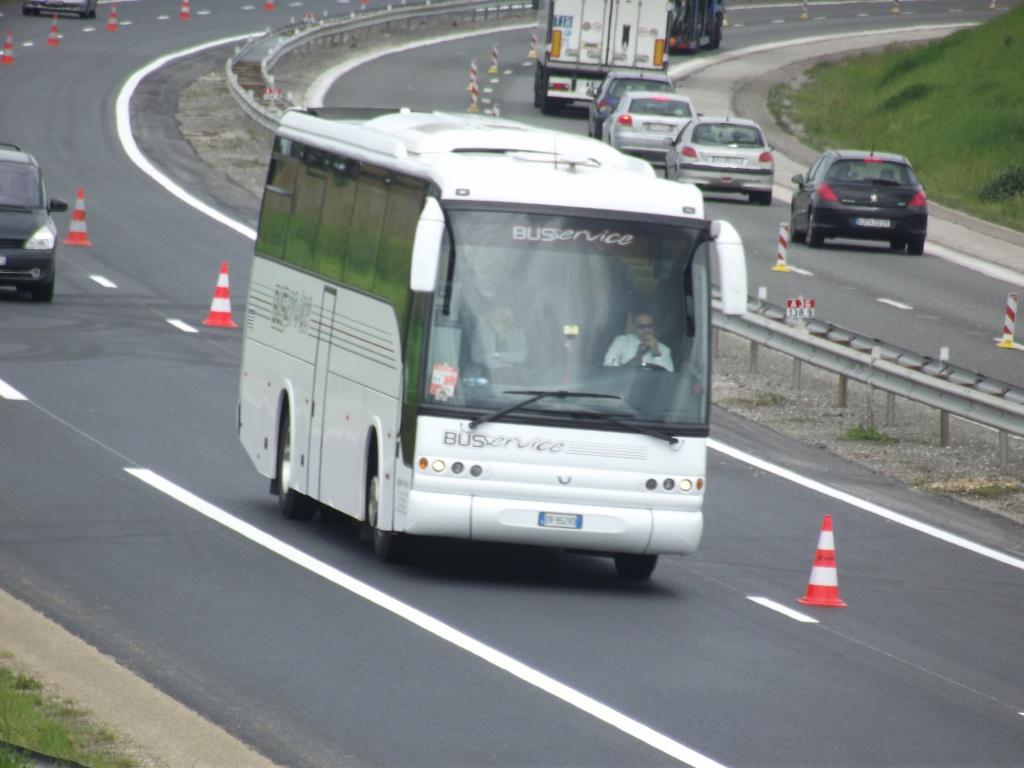Cars et Bus d'Italie - Page 2 Camio218