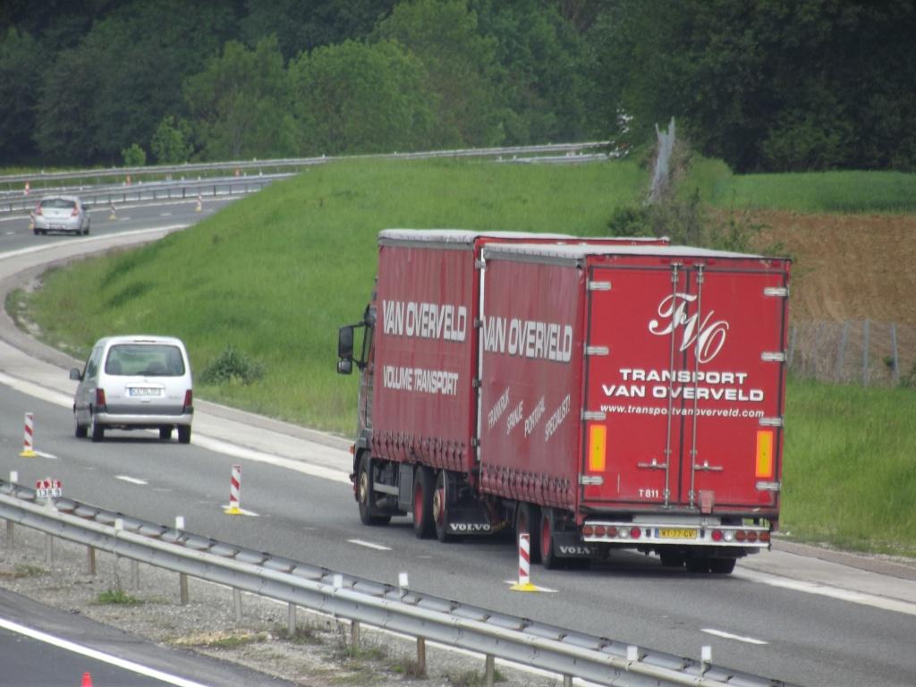 Van Overveld (Etten-Leur) Camio223