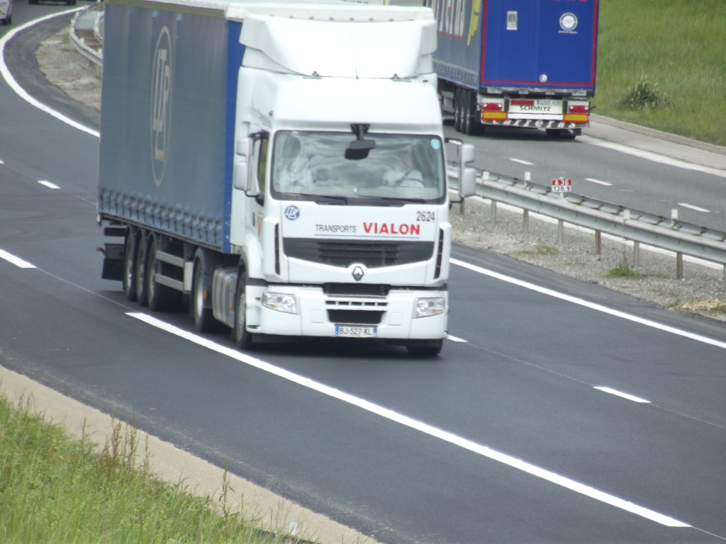 Transports J Vialon (La Fouillouse, 42) Camio381