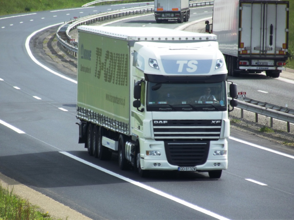 TS .(Transportservice ,Gdynia) Camio525