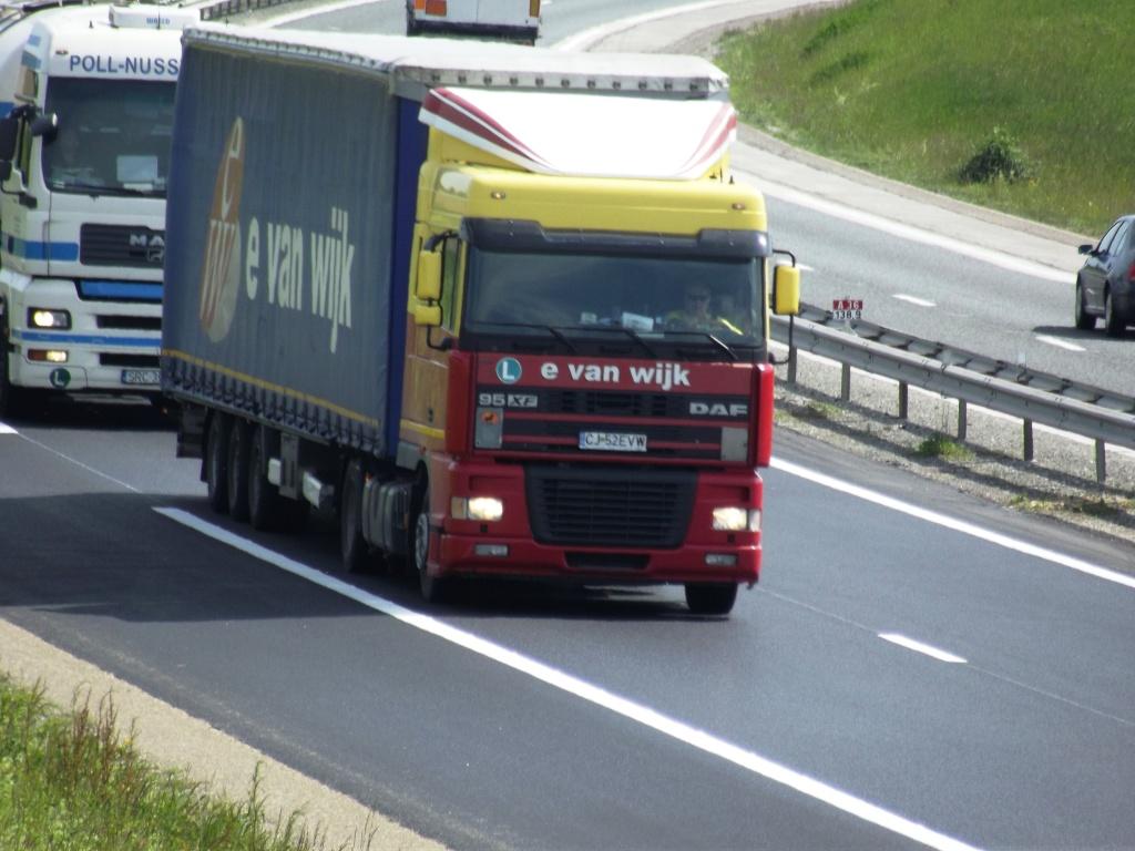 E Van Wijk  (Giessen) Camio583