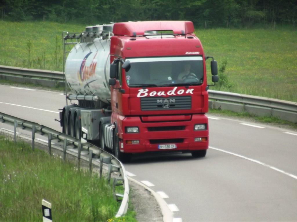 Boudon  (groupe Delisle)(Pont Saint Esprit, 30) Camio611