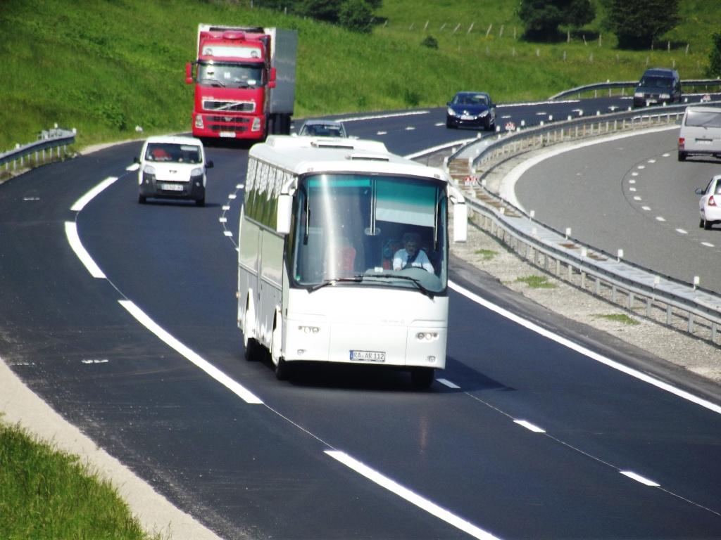 Cars et Bus d'Allemagne - Page 5 Camio648