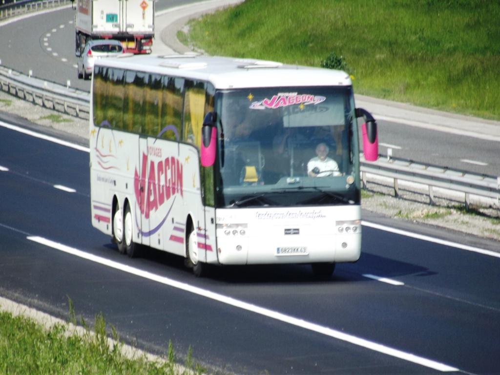 Cars et Bus d'Auvergne Camio681