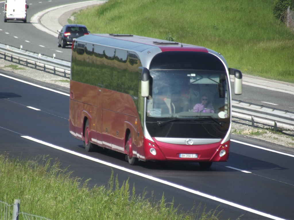 Irisbus (post uniquement pour les cars Irisbus sans inscriptions) Camio721