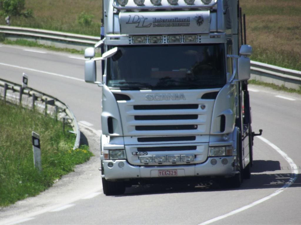 DL International (Rochefort) Camio825