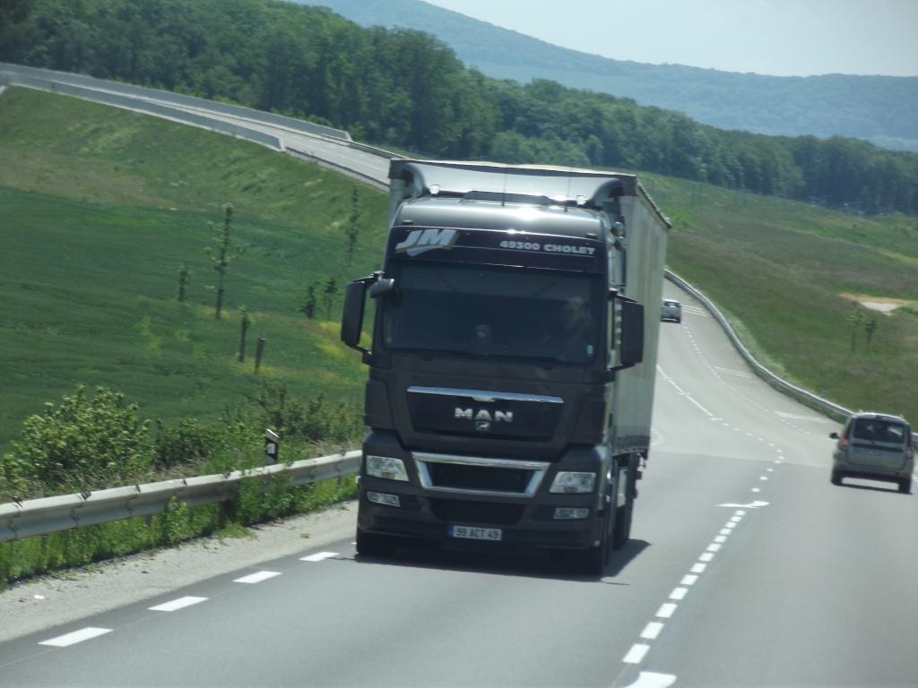 Transports JM (Cholet, 49) Camio863