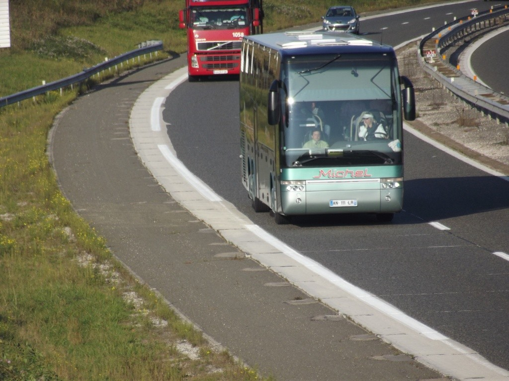 Cars et Bus de Bourgogne - Page 2 Dscf1755