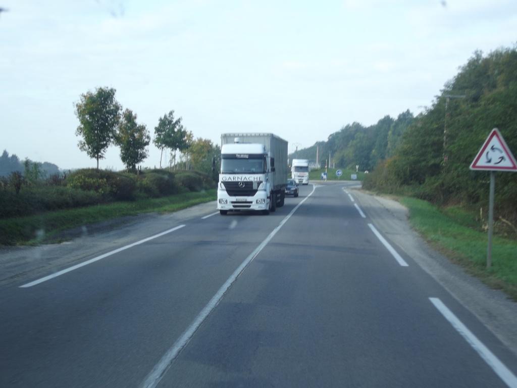 MGB  Transports Garnache (Ecole Valentin, 25) Dscf2028