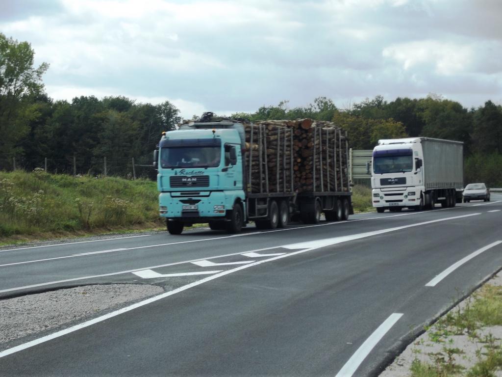 STR (Société Transports Rochatte)(Le Syndicat, 88) Dscf2051