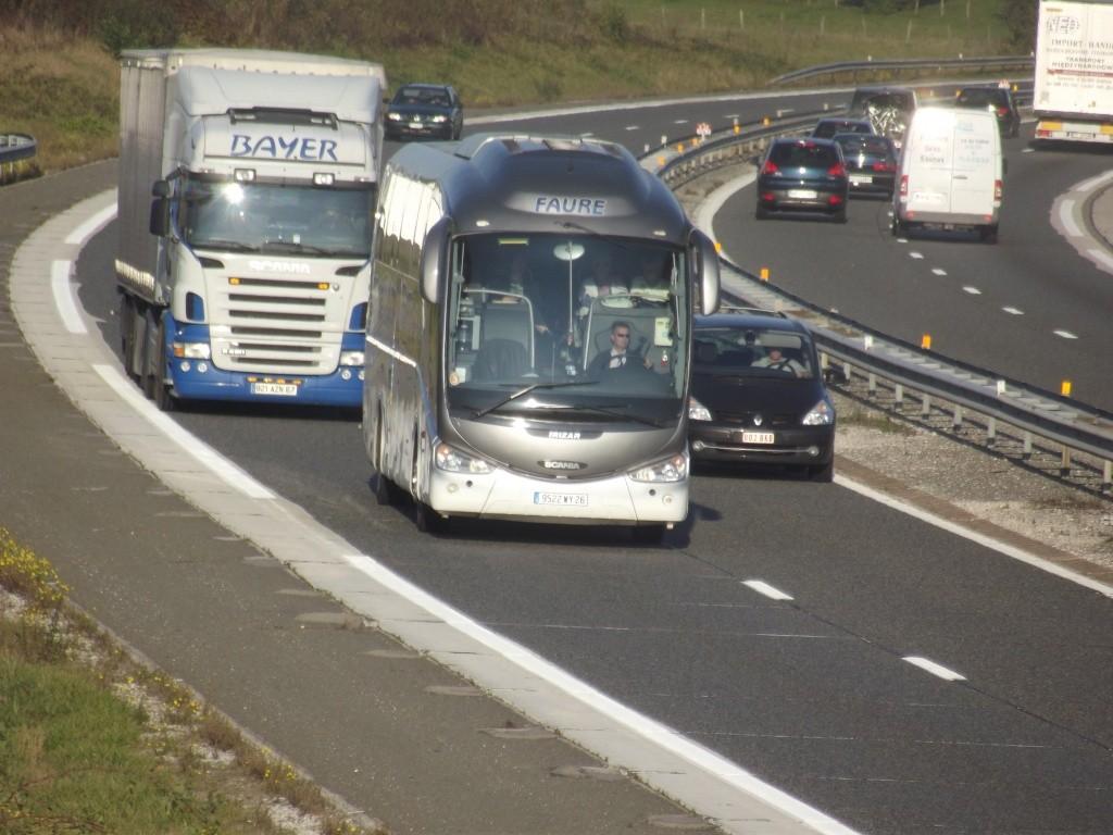 Cars et Bus de la région Rhone Alpes - Page 4 Dscf2533