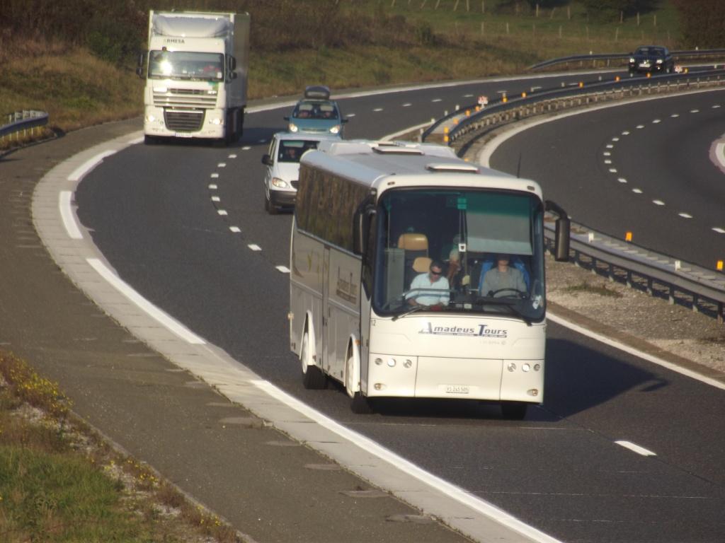 Cars et bus de la Confédération Helvétique  (Suisse) Dscf2645