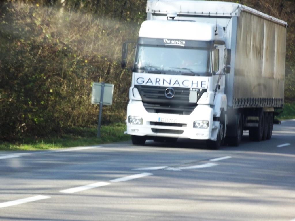MGB  Transports Garnache (Ecole Valentin, 25) Dscf3415
