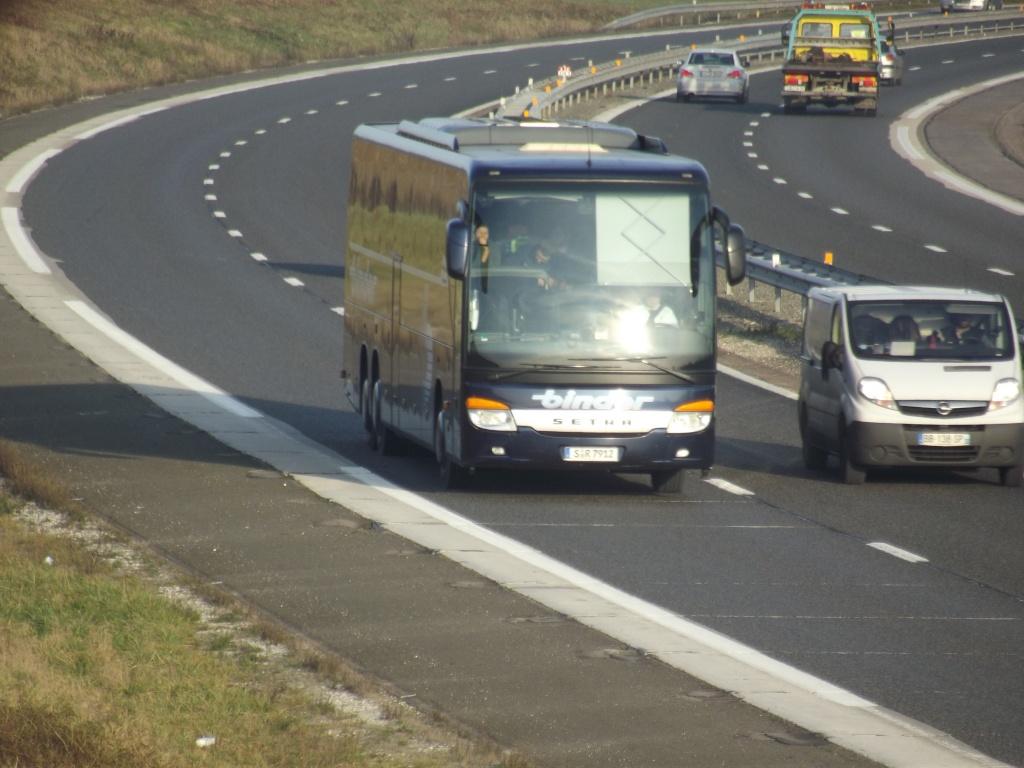 Cars et Bus d'Allemagne - Page 3 Dscf4227