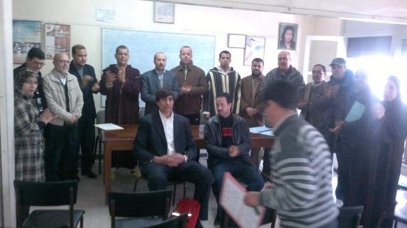 تجديد المكتب المحلي للنقابة الوطنية للعدل (ال ك د ش) بالناظور يوم السبت 25 فبراير 2012 في أجواء نضالية واحتفالية Nador110