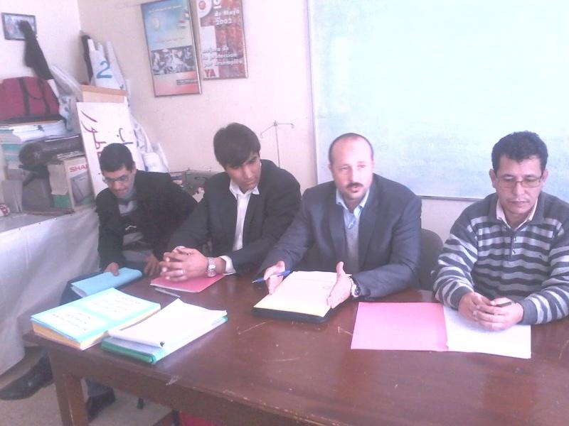 تجديد المكتب المحلي للنقابة الوطنية للعدل (ال ك د ش) بالناظور يوم السبت 25 فبراير 2012 في أجواء نضالية واحتفالية Nador410