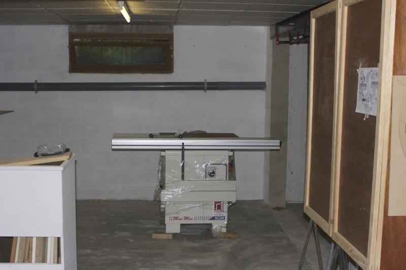 Arrivée à l'atelier de ma Scie à format Minimax Sc 2 En-pla11