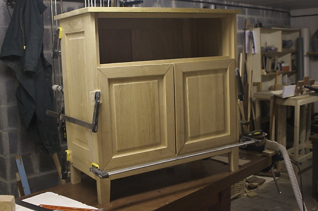 [fabrication] Meuble de salle de bains en Robinier - Page 3 M-sdb-10